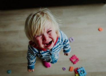 Comment faire face aux crises de colère de notre enfant ?