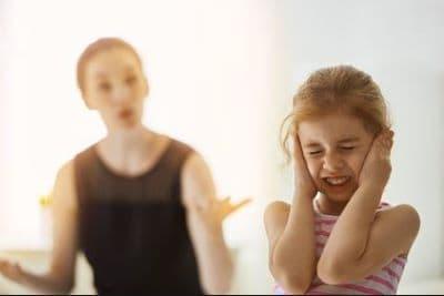 enfant-qui-n-écoute-pas